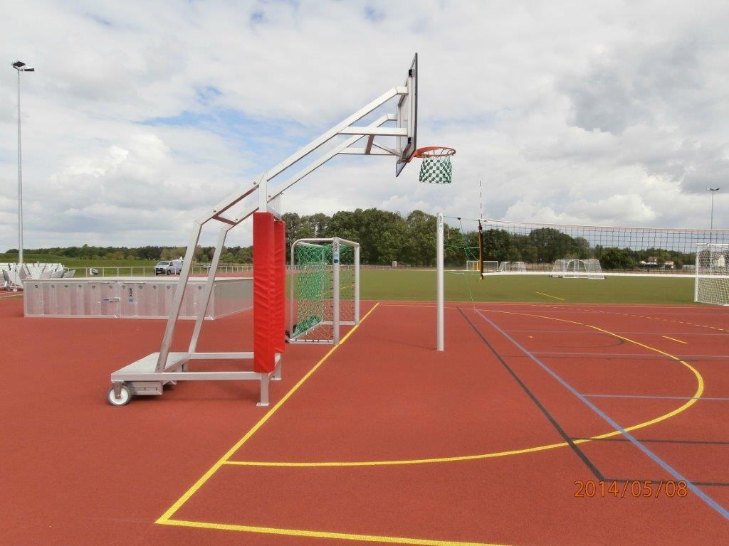 Mobiler Basketballkorb von artec
