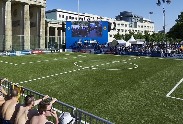 Soccer Court beim Champions League Fest in Berlin