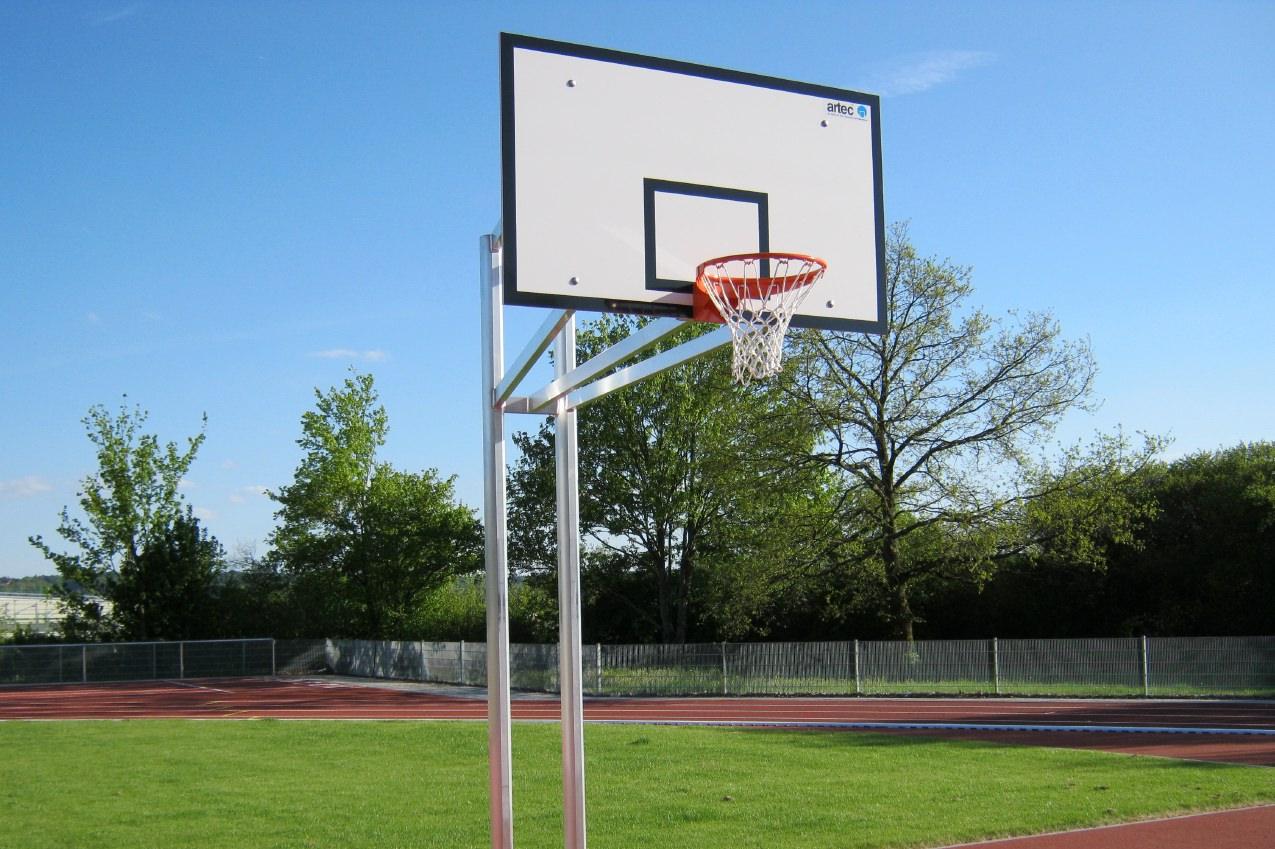 Basketball-Anlagen Zweimast von artec Sportgeräte