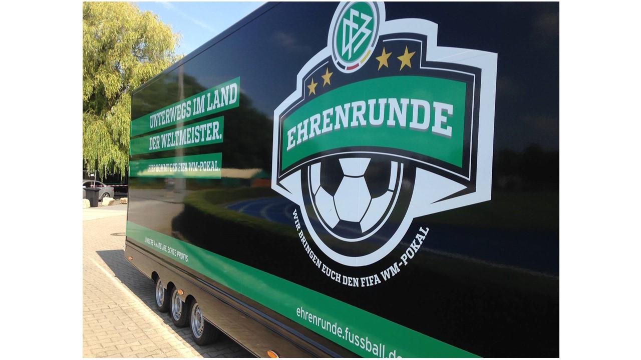 WM-Pokal Ehrenrunde vom DFB