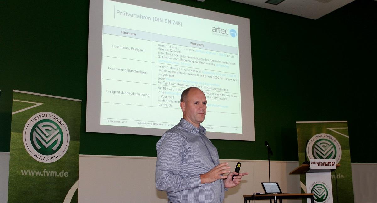 Dr. Holger Schmitz Kunstrasenseminar FVM