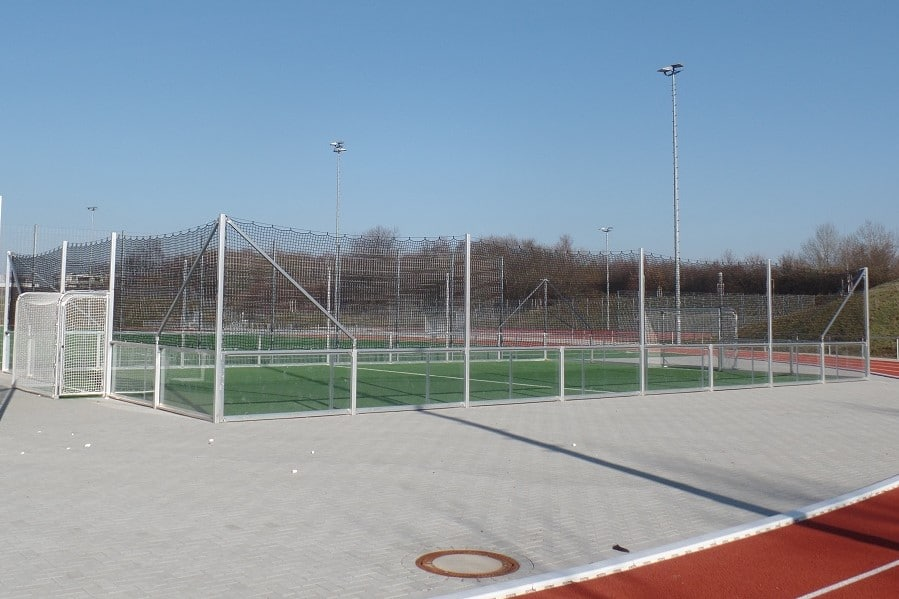 Minispielfeld Fussball Banden