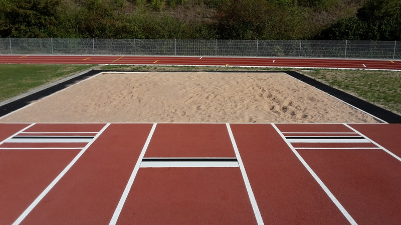 take off boards with jumping sand pit
