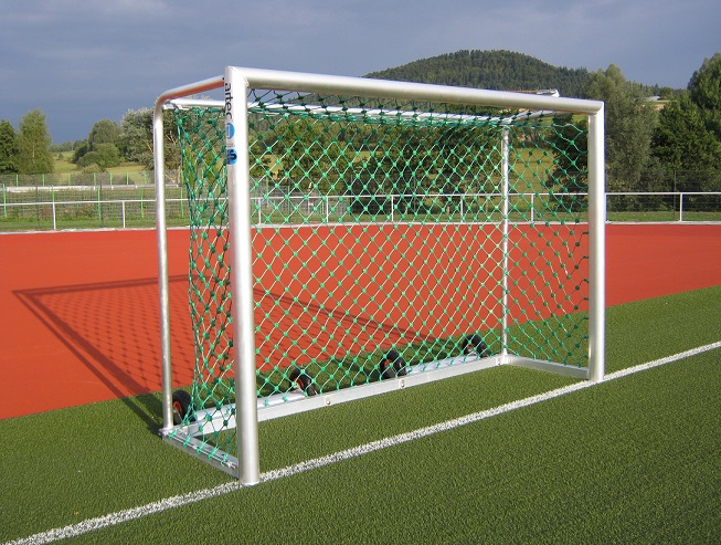 recreational goal with counterweights for safety