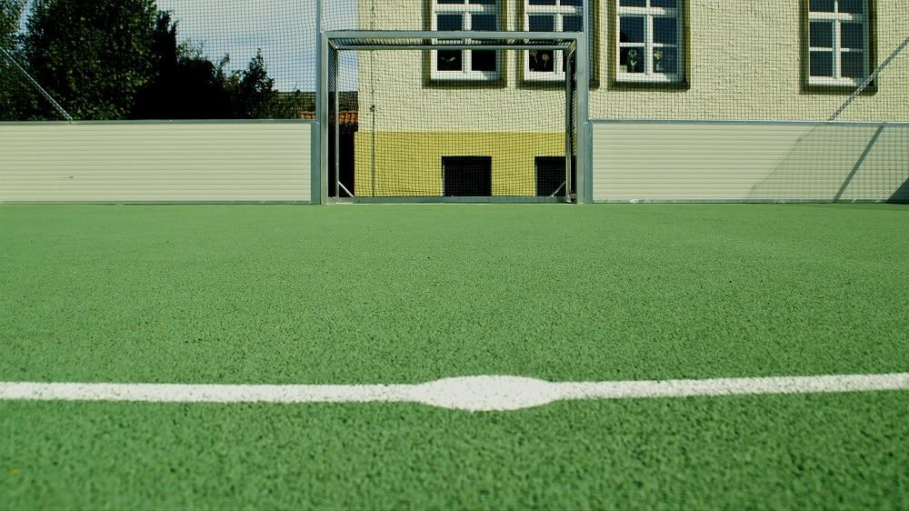 Kalthalle mit Soccer Court